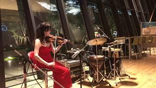 violin Yohko Yamamoto percussion Syuji Honma.