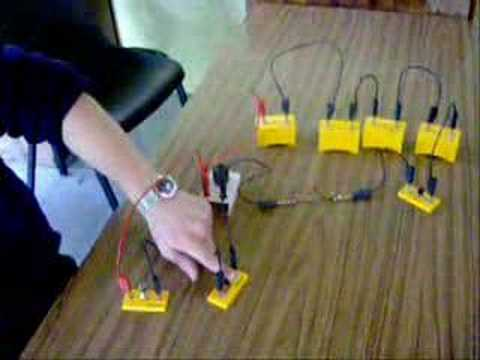 To Show A Capacitor Stores Energy