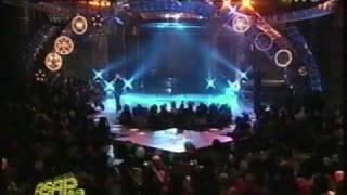 "Lea Salonga Sings ""Tagumpay Nating Lahat"" introducing Efren Penaflorida"