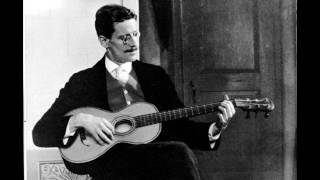 StalakTone - James Joyce plays the guitar