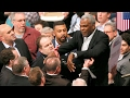 Charles Oakley arrested: Former New York Knicks badass manhandled by cops at MSG - TomoNews