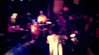 """NNEKA & TALIB KWELI """"heartbeat"""" live at liveDEMO"""