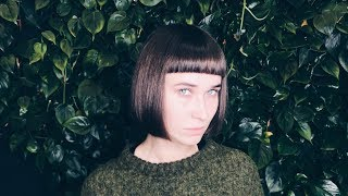 how to cut bob with bangs. line technique