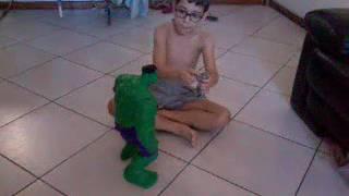 Batalha do hulk vs homem de ferro