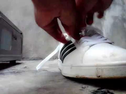 Tips Cara Membersihkan Sepatu Putih Dengan Odol Pasta Gigi By Melly