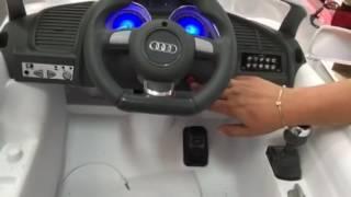 Coche eléctrico niños Audi r8 Spiderman blanco 12v con mando parental