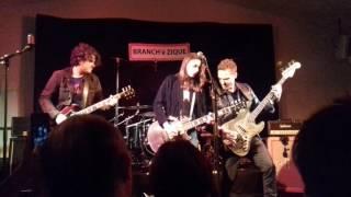Laura Cox Band - Intro Hard Blues Shot - Live 11 Mars 2017