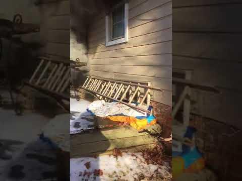 Smoke Alarm Alerts Residents To Oakton House Fire