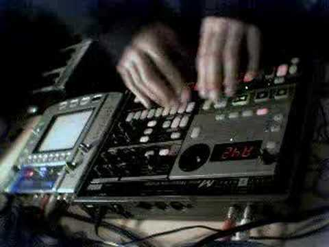 Ghostradioshow 01 deep techno house sound youtube for Deep house 2006