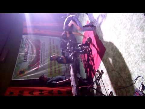 The Chebong - Bongkar live (cover iwan fals)