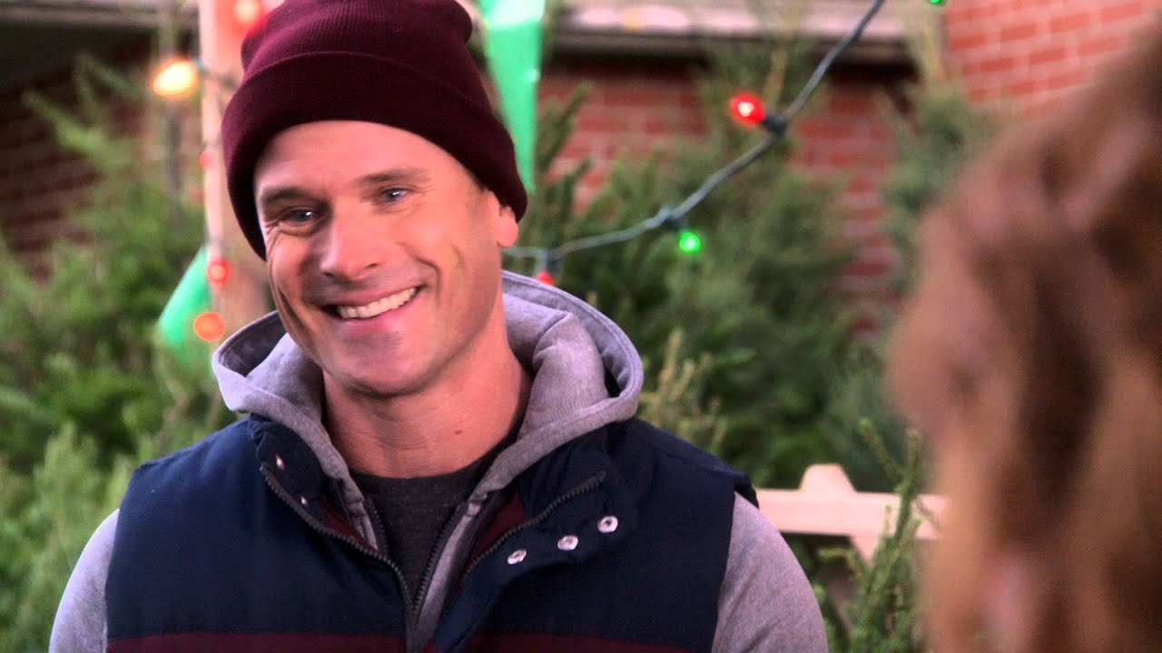 Christmas at Cartwright's - Trailer - YouTube