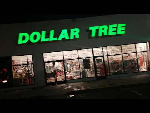 #Protester Looting Multiple Store, Planet Fitness And Dollar Store