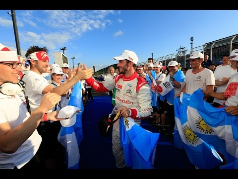 Victory for Yvan Muller as Pechito Lopez claims FIA WTCC title!