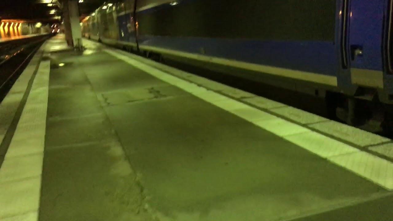 Départs des TGV 29709/710 et 29785/86 Duplex des TGV à Paris ...