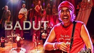 Sirkus Barock - Badut (Feat. Iwan Fals, Setiawan Djody, Naniel C. Yakin, Oppie Andaresta)