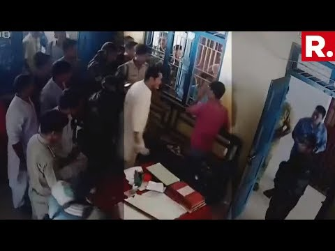 SHOCKING! Tripura Congress Chief Slaps IPFT Worker Inside Police Station | Caught On Camera