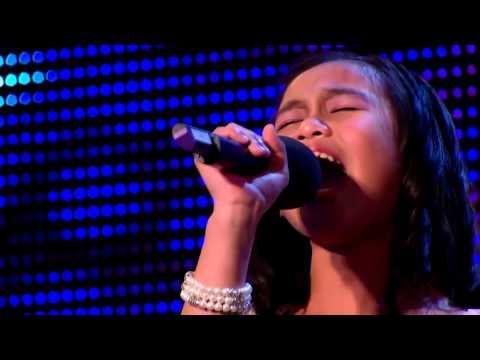 Видео: у девчонки самый сильный голос в мире весь зал и судьи были шокированы услышанным
