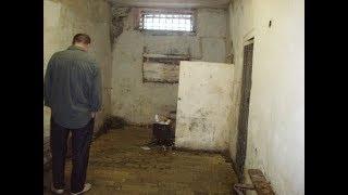 Как человек может опустится и стать чёртом в тюрьме