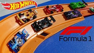 Hot Wheels Formula 1 Epic Curve Tournament race
