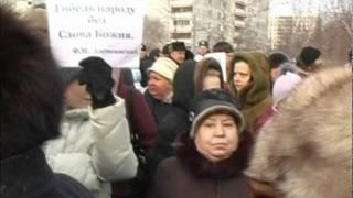 Защитим храм на Сухонской(Группа озлобленных людей (коммунисты, сталинисты, язычники) пытается воспрепятствовать строительству..., 2012-02-27T11:26:56.000Z)