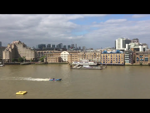 Video tour of a top floor luxury apartment at Tower Bridge
