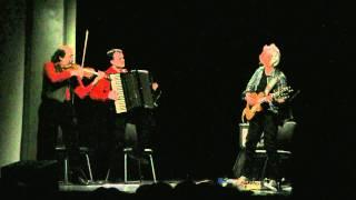 Rhapsodija Trio e la musica balcanica