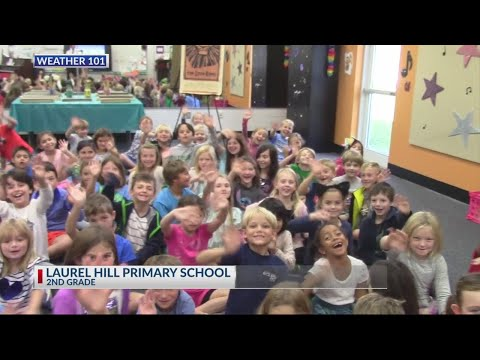 Rob Fowler visits Laurel Hill Primary School to talk to the 2nd graders on 11.1.18