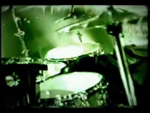 Motley Crue - Shout At The Devil '97 - Official Music Video