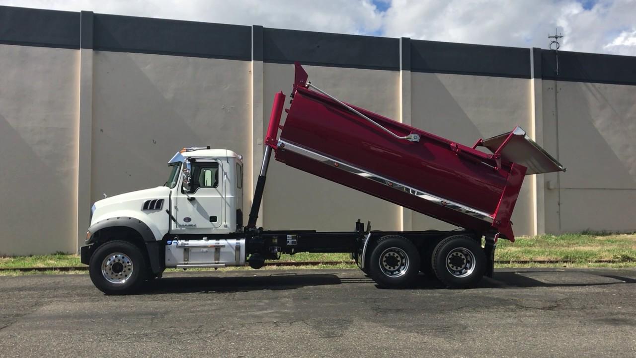 2017 mack granite mhd gu433 dump truck rogue body youtube - Mack truck pictures ...