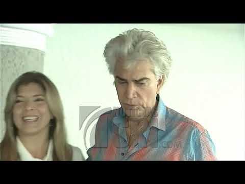 Continúa recuperándose cantante José Luis Rodríguez El Puma tras doble trasplante de pulmón