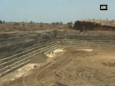 Inspiring! Maharashtra farmer sells 10 acres land to build dam- ANI News
