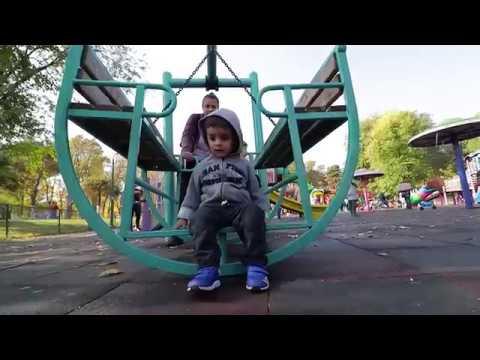 Outdoor Playground Family Fun / Baby Nursery Songs /Its bitsy spider/ London Bridge
