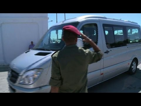 Bodies of British tourists leave Tunisia