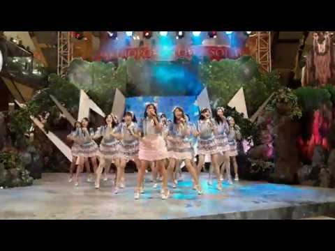JKT48 Team KIII - Everyday Kachuusha @ Metropolis Town Square (Part 1)
