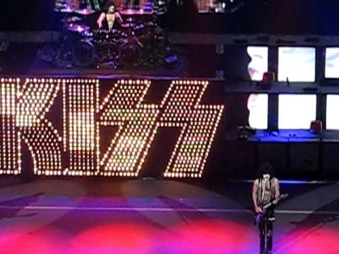 KISSONLINE: Crazy Crazy Nights live in Tinley Park