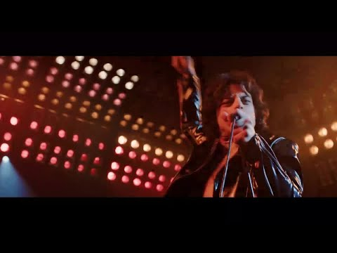 Martha Quinn - Bohemian Rhapsody Clip Shows Queen Creating 'We Will Rock You'