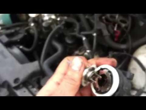 Bmw e46 headlight bulb replacement