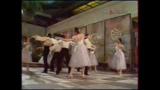 Анна Герман - Я люблю танцевать.avi(Анна Герман - Я люблю танцевать, с использованием фрагмента видео с танца моих правнучек Ани и Дианы., 2011-03-15T12:04:09.000Z)