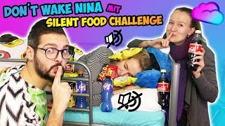 DON'T WAKE NINA mit SILENT FOOD CHALLENGE! Kaan vs. Kathi! Wer ist leiser beim Auspacken von Essen?