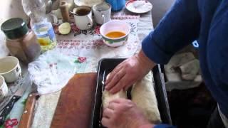 Как делают вкусный хлеб в селах. Живое видео от хозяйки. // Олег Карп
