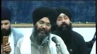 Bhai Manpreet Singh ji Kanpuri Manchester Akhand Kirtan Smagam 2013 thursday evening12/12/13