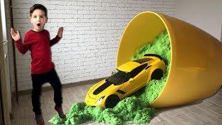 Вырастил машинку Шевроле в горшке с кинетическим песком. Видео для детей.