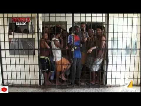 LIBIA Gli uomini in Gabbia Le speranze dei migranti finiscono nelle carceri Libiche