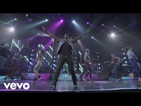 Usher - DJ Got Us Fallin' In Love (Live from iTunes Festival, London, 2012) ft. Pitbull