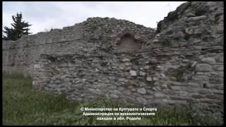 Крепост и византийски стени в Комотини(Най-големият и най-стар паметник в града. Стените на град Комотини издигнал император Теодосий I (379-395 г.),..., 2015-02-27T15:23:53.000Z)