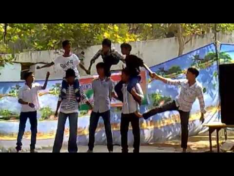 Pyramid Formation by Rabindra Niketan students mp4