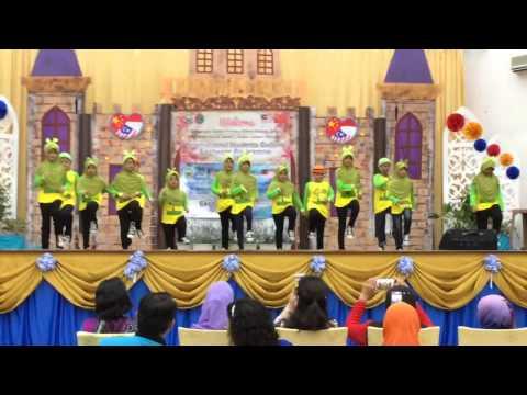 Al Jannah Go Green n Pinguin Dance