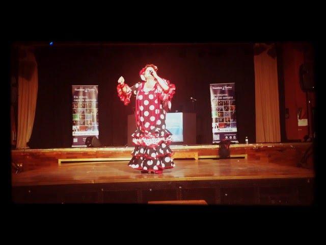 Isabel de Mérida canta una saeta para el público de Nuestros Findes