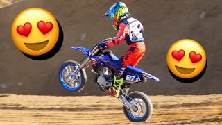 A CHILD OF 10 YEARS THAT MAKES MOTOCROSS !!