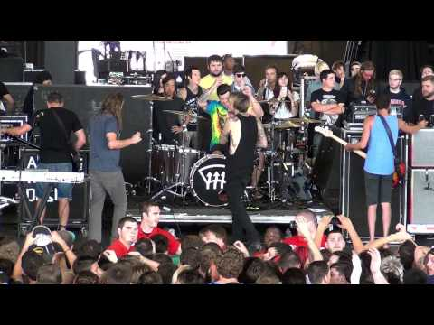 Chiodos - Full Set Live at Warped Tour Milwaukee 2013